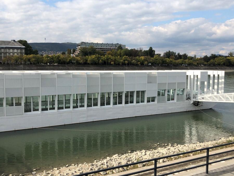 MARACANA - Uszohaz - barca sul Danubio (5)